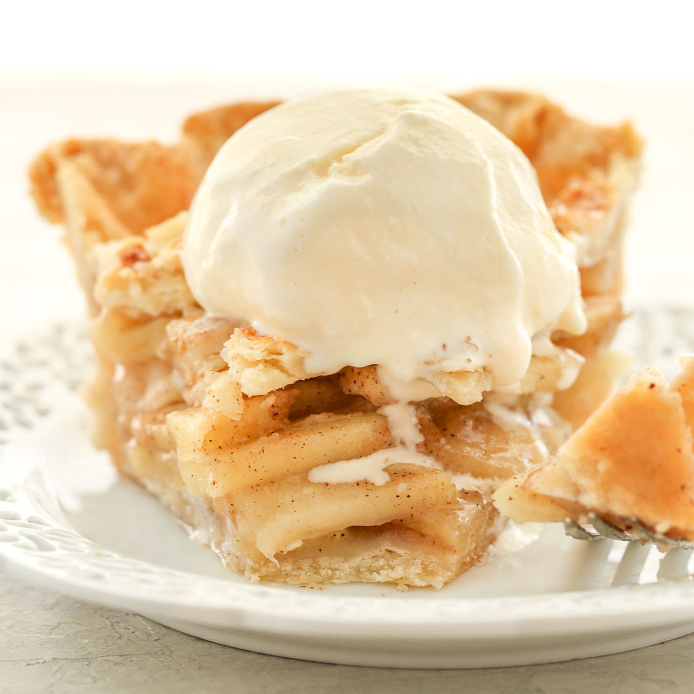 8 Mistakes That Make Your Apple Pie A Mushy, Soggy Mess